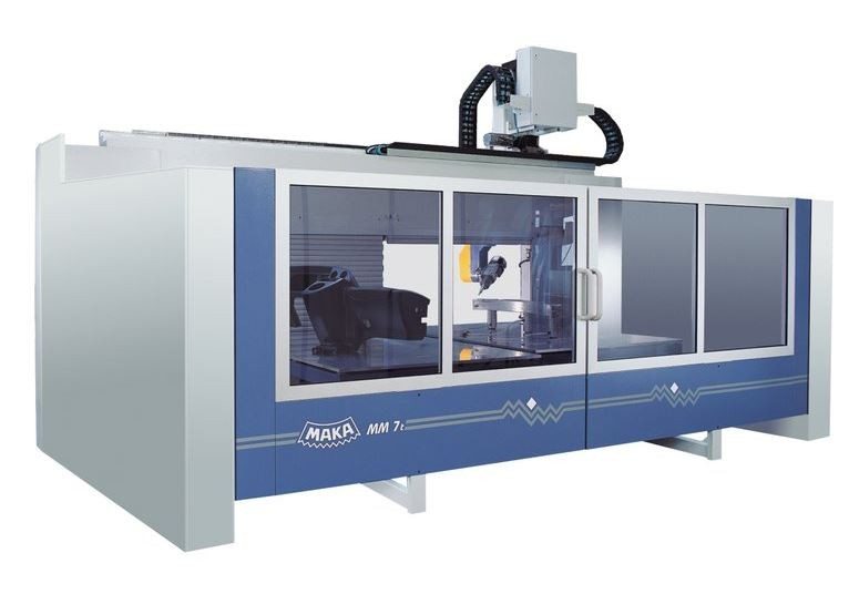 MM 7 - CENTRE D'USINAGE CNC 5 AXES